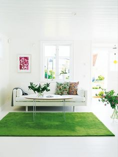 Photo via Midcentury Home Why Astroturf felt the need to make strides into the world of home decor isn't clear, exactly, but whatever the motivation, faux-grassy accents seem to be...