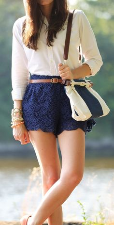 Cute blue lace shorts summer outfit