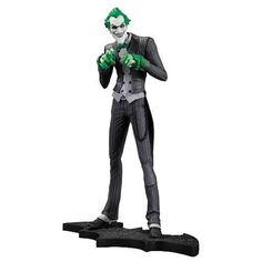 DC Collectibles Batman Arkham City The Joker Statue 0