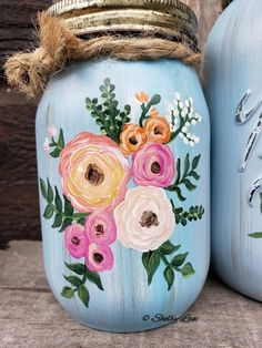 Boho Flower Hand Painted Mason jars Boho Flower Hand Painted M. - Boho Flower Hand Painted Mason jars Boho Flower Hand Painted Mason jars The Effec - Mason Jar Art, Pot Mason Diy, Mason Jar Crafts, Pickle Jar Crafts, Wine Bottle Crafts, Bottle Art, Tampons En Mousse, Painting Glass Jars, Mason Jar Projects