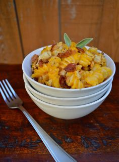 Virtually Homemade: Butternut Squash Mac and Cheese with Bacon Sage Breadcrumbs