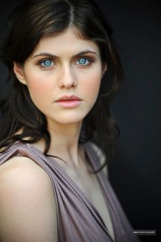 Name: alexandra-daddario-breathtakingly-beautiful-photoshoot-4.jpg Views: 38 Size: 279.6 KB