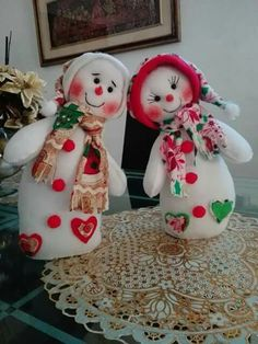 Sock Snowman, Snowman Crafts, Felt Crafts, Diy And Crafts, Christmas Projects, Christmas Crafts, Christmas Ornaments, Diy Slime, Christmas Centerpieces