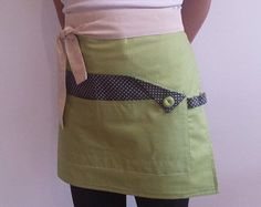 Mommy and I set, lovely apron set for moms and daughters!