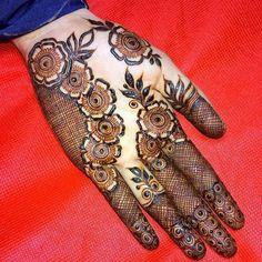 We bring you this curated list of new and trendy arabic mehendi designs that is sure to brim you with inspiration. These latest mehndi patterns are sure to make you grab all the attention at any event you attend so, be ready to stay in the spotlight.