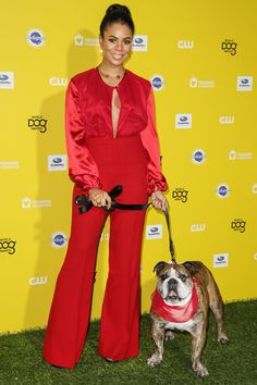 Regina Hall..One of my favorite actresses and I love this outfit. Rocks and oh the dog too!
