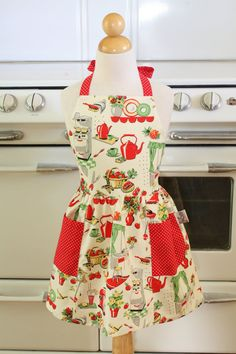 Retro Child Apron Fifties Kitchen by Boojiboo on Etsy, $16.75