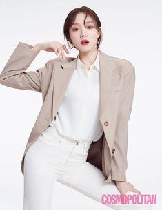 Lee Sung Kyung Talks About Her Reaction To Ratings, Being Misunderstood Because Of Her Appearance, And Korean Actresses, Korean Actors, Weightlifting Fairy Kim Bok Joo, Becoming An Actress, Korean Drama Movies, Joo Hyuk, Korean Model, Cosmopolitan, Asian Girl