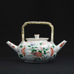 Famille Verte Douple Spout Teapot, China, Kangxi period