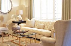Traditional Living Room Classy Living Room Design, Pictures, Remodel, Decor and Ideas - page 2 Classy Living Room, Beige Living Rooms, Sofa Design, Interior Design, Living Room Inspiration, Sofa Set, Living Room Designs, Life Hacks, Room Decor