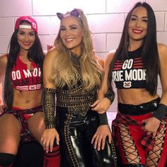 The official home of the latest WWE news, results and events. Get breaking news, photos, and video of your favorite WWE Superstars. The Bella Twins, Bella Sisters, Nikki And Brie Bella, Cool Instagram, Best Instagram Photos, Wwe Divas Paige, Wwe Nxt Divas, Paige Wwe, Wwe Pictures