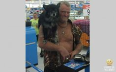 Man & Beast Because a talking parrot is for punk bitches, that's why. Funny Walmart People, Walmart Shoppers, Go To Walmart, Demotivational Posters Funny, Talking Parrots, Man Beast, Funny People Pictures, Laugh At Yourself, Crazy People