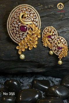 Pendant and earring set - Latest Jewellery Design for Women Gold Bangles Design, Gold Earrings Designs, Gold Jewellery Design, Necklace Designs, Gold Jewelry, Handmade Jewellery, Diamond Jewelry, Diamond Earrings, Trendy Jewelry