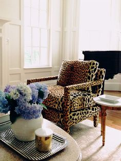 {décor inspiration | print & pattern : a touch of leopard print} by {this is glamorous}, via Flickr
