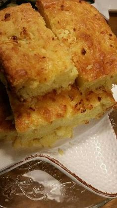 Τυρόπιτα express Pastry Recipes, Sweets Recipes, Cooking Recipes, Vegan Recipes, Savory Muffins, Savory Snacks, Cook Pad, Cypriot Food, Cheesy Recipes