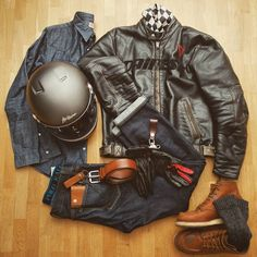 Look of the day Chazster -jacket Vintage Pelle -jean Selvedge -belt -boots 875 -helmet Airborn Fullride -shirt -socks. Motorcycle Equipment, Motorcycle Style, Bike Style, Moto Style, Motorcycle Outfit, Motorcycle Clothes, Bobber Motorcycle, Moto Biker, Biker Wear