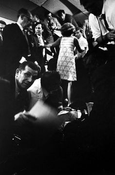 <b>On the 45th anniversary of Robert F. Kennedy's assassination, we look back at his final hours.</b> (WARNING: graphic images)