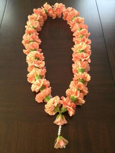 Orange welcome Har for Guests Flower Garland Wedding, Floral Garland, Flower Garlands, Wedding Garlands, Wedding Flowers, Diwali Decorations At Home, Festival Decorations, Wedding Centerpieces, Wedding Favors