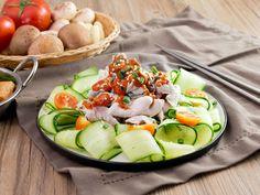 Cách làm món thịt luộc nước sốt mới lạ, đẹp mắt và tuyệt ngon - http://congthucmonngon.com/186706/cach-lam-mon-thit-luoc-nuoc-sot-moi-la-dep-mat-va-tuyet-ngon.html