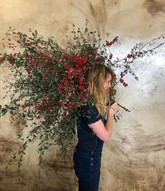 Adore's Guideline to Foraging - Adore Weddings Take What You Need, New Friends, Flora, Berries, Happiness, Weddings, Heart, Bonheur, Wedding