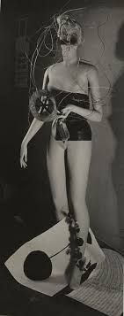 Salvador Dali and his mannequin, Surrealist Exhibition, Paris 1938 Raoul Ubac, Mannequin by Man Ray . Marcel Duchamp, Photography Collage, Surrealism Photography, Max Ernst, Harlem Renaissance, Salvador Dali, Op Art, Man Ray Photographie, Erich Hartmann