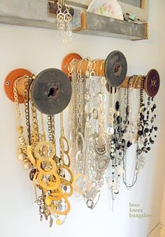 jewelry holder using old spools