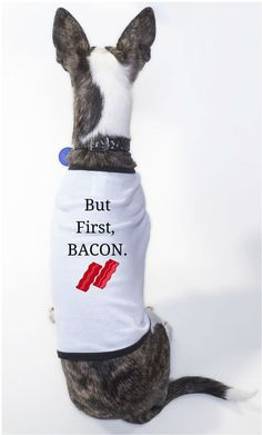 Because Dogs LOVE bacon! Way you need to add your #family #kid #baby #child #children http://ift.tt/1Jcz4mO