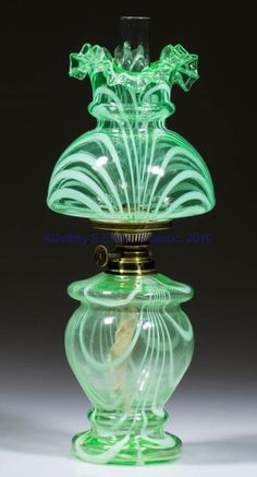 Lot # : 33 - LOOP MINIATURE LAMP, apple green with opal loops,