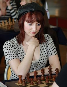 Elisabeth won the 1999 Germany Women's chess championship.  She is an Internal Master and Women's Grandmaster with a rating of 2464.