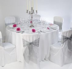 Wedding Decoration Tips: How to Hire the Right Size of Tablecloth