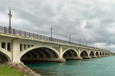 MacArthur Bridge to Belle Isle in Detroit, Michigan, May 2014, photo by Norm Powell