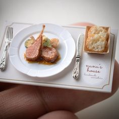 Chiêm ngưỡng những món ăn siêu nhỏ của nghệ nhân Nhật Bản