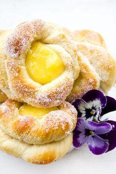 made by Helle: Bullar med vaniljkräm