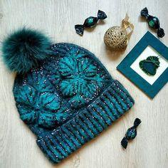 Шапка из Кауни Аква (100% шерсть)и итальянской пряжи Lynce (мериносовый пух, кид-мохер, хлопок)  - на ОГ 55-59  - сезон: осень - зима  - помпон из меха песца (снимается)  - подваляна (ветер не страшен)  #шапка#вязанаяшапка#зимняяшапка#яркаяшапка#шапкаспомпоном#красиваяшапка#вязание#knitting#handmade#ручнаяработа#зима2018#кауни#kauni#бриошьвязание#briocheknitting#kauniaqua