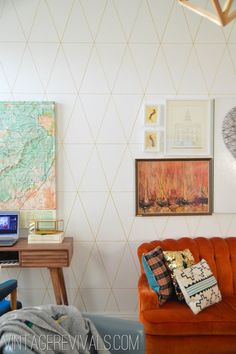This gorgeous geometric wall pattern was done using Gold Paint Sharpie! Amazing! via www.vintagerevivals.com