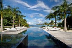 Luxus pool im garten  luxus pool großer luxus pool im garten   Garteninspirationen ...