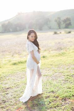 maternity photoshoot, lace dress, style by alina, fashion blog, asian blogger, petite fashion, maternity dress