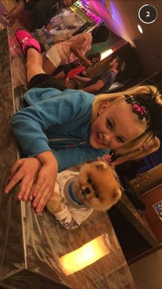 I love you girl Jojo boy Andrew KEW good me Jojo Siwa Bows, Jojo Bows, Jojo Snapchat, Jojo Siwa's Phone Number, Cute Puppies, Cute Dogs, Jiff Pom, Animals And Pets, Cute Animals