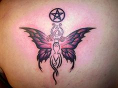 Today many people believe in representing their religion or their faith through tattoos on their body. If you are also looking for a Pagan or a Wiccan tattoo, Heidnisches Tattoo, Wicca Tattoo, Witchcraft Tattoos, Future Tattoos, Love Tattoos, Body Art Tattoos, New Tattoos, Tattoos For Women, Tatoos