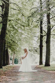 Bride to be. #wedding #weddingphotography #bride #veil #portrait #photoshoot #finland #häät #hääkuva #morsian Brides, Weddings, Wedding Dresses, Sweet, Beautiful, Fashion, Bride Dresses, Candy, Moda