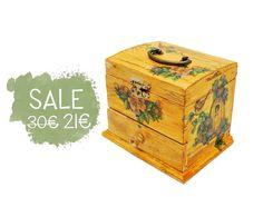 Unique Sewing Box Mini  Yellow Shabby with bird by verdesedano #sewingbox #country #shabby #birdhouse #decoupage #handmade #italiasmartteam #etsy #etsyshop #shopping #giftidea #box #woodenbox