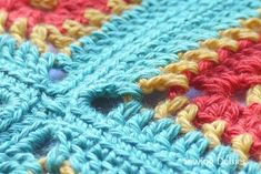 Joining granny squares with sc at the outer loops only