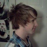 perfectly feathered hair! razor cuts = fun
