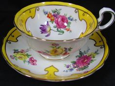 AYNSLEY LARGE YELLOW FLORAL GOLD BORDERED TEA CUP AND SAUCER picclick.com