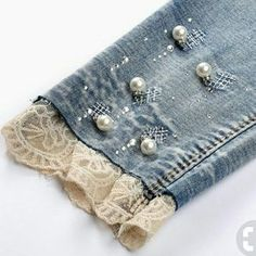 Pencil Jeans woman seven ripped skinny jeans pearl with lace leg cuff . Pencil Jeans woman seven ripped skinny jeans pearl with lace leg cuff pants pantalones vaqueros muj Denim And Lace, Artisanats Denim, Blue Denim, Cuffed Pants, Ripped Skinny Jeans, Trousers, Diy Clothing, Sewing Clothes, Jean Diy