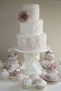 Beautiful lace wedding cake by Cotton and Crumbs #spring #jewelry #outfits