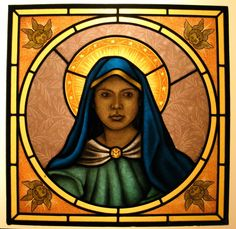 We design and build religious stained glass windows in our studio in Italy. Each window is decorated with beautiful glass painting of the highest quality.