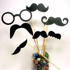 DIY YOU GLUE Photo Booth Props  14 piece  Mustache par PartyHQ, $7.00