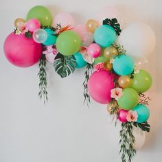 the #colours of this #beautiful #balloonarch @greenweddingshoes   perfect #decoration for all #stylish #occassions #OPBCo