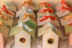 Cajitas personalizadas con forma de casitas